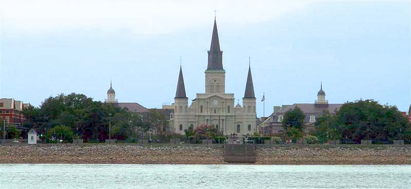 picture of cathedral in French Quarter